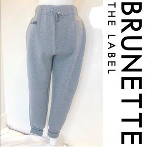 NWT Brunette Middle Sister Gray Jogger pant.